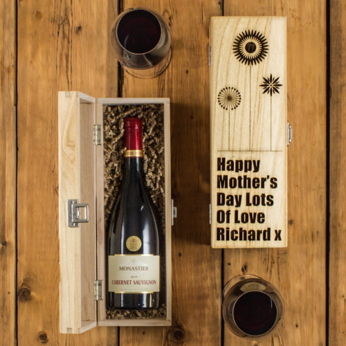 Red Wine In Mother's Day Engraved Wine Box
