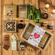 The Alcohol-Free Indulgence Mother's Day Hamper