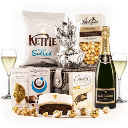 The Snow White Hamper with Champagne