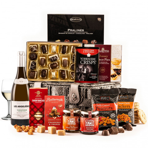The Fireside Feast Hamper with White Wine