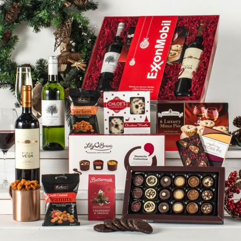 The Christmas Collection Hamper with Red & White Wine