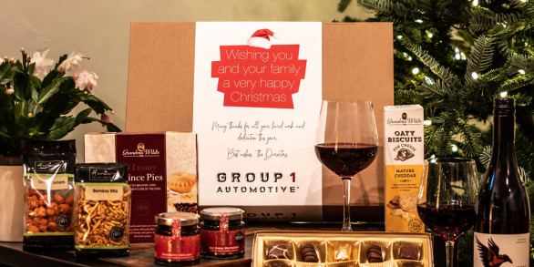 The Christmas Cracker Branded Hamper