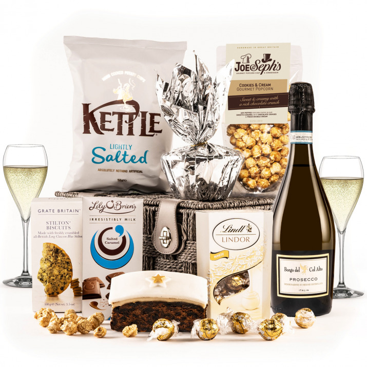 The Snow White Hamper with Prosecco