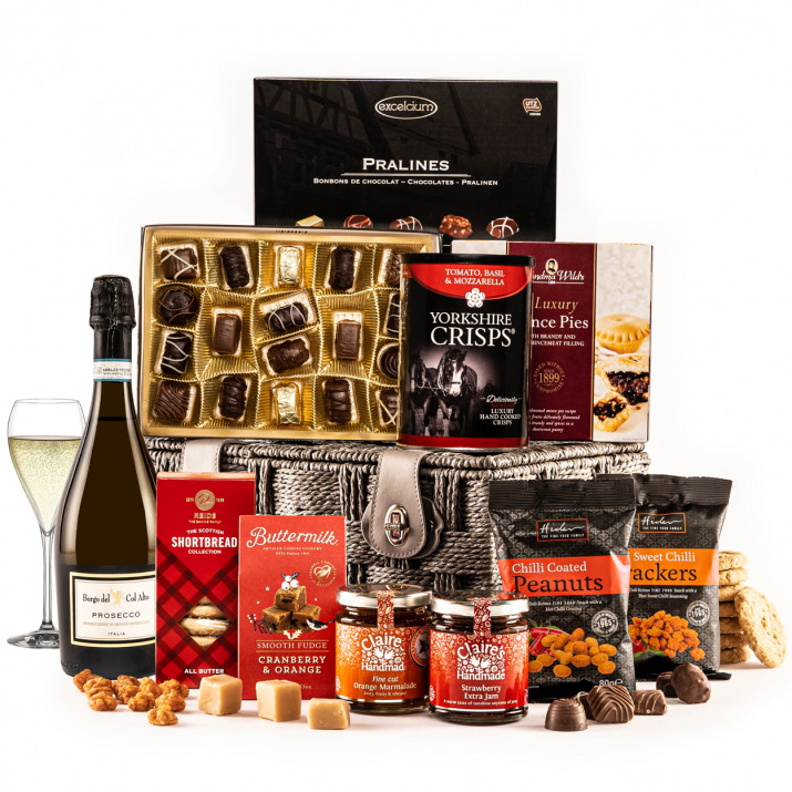 The Fireside Feast Hamper with Prosecco
